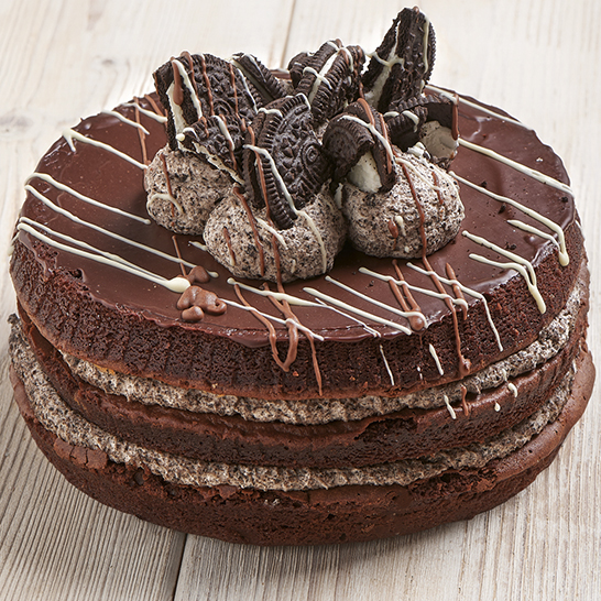 Chocolate cookie layer cake-0